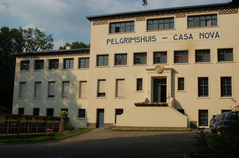 banner-vooraanzicht-pelgrimshuis-casa-nova